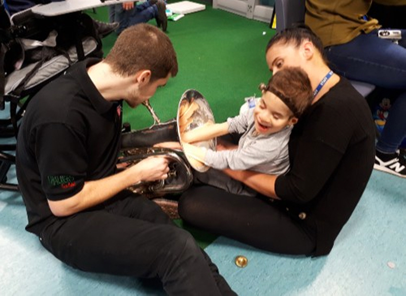 Music in Hospitals and Care, young boy in Multi-Sensory Impairment group